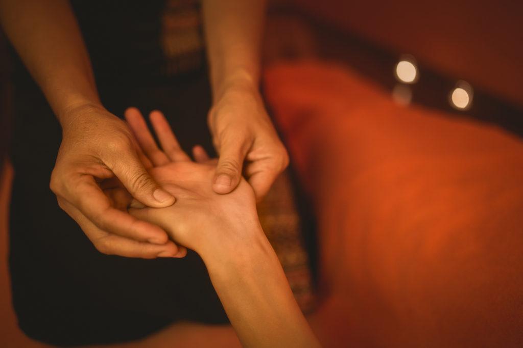 baimai-thajská masáž rukou