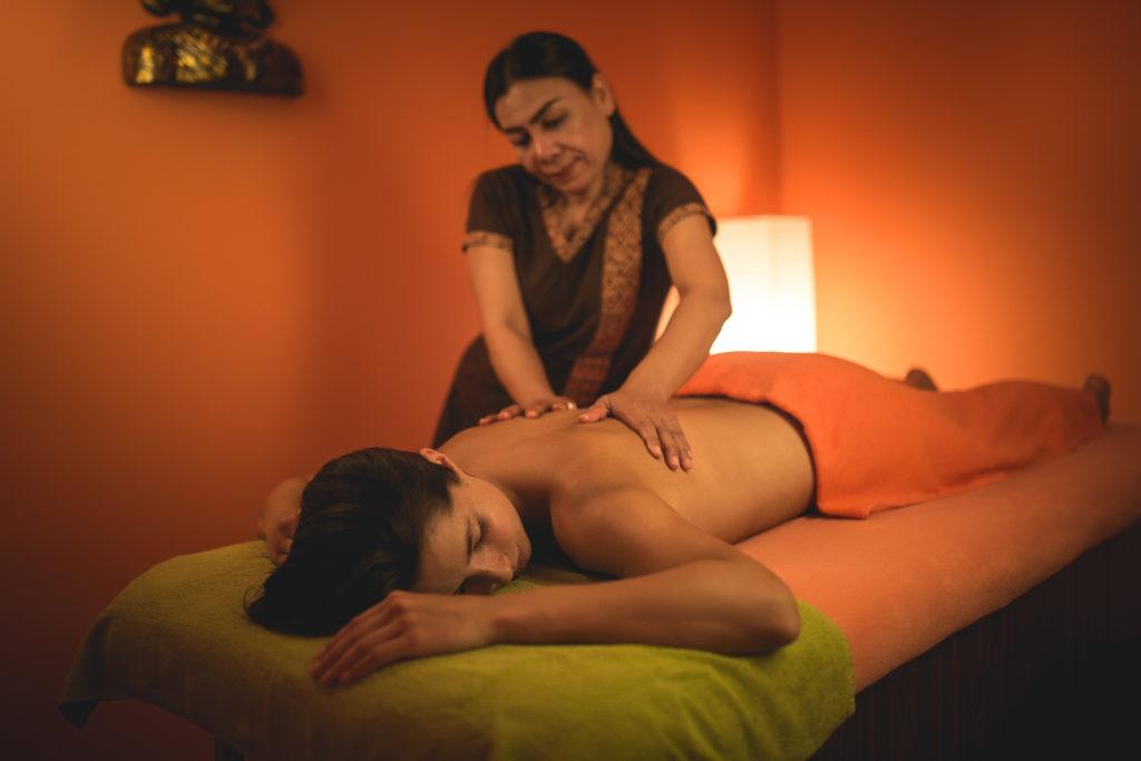 baimai-thajská olejová masáž